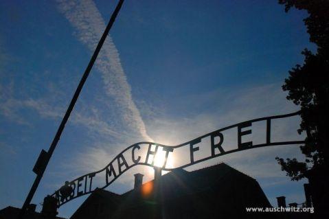 """""""Arbeit Macht Frei"""" Gate Auschwitz-Birkenau State Museum www.auschwitz.org"""