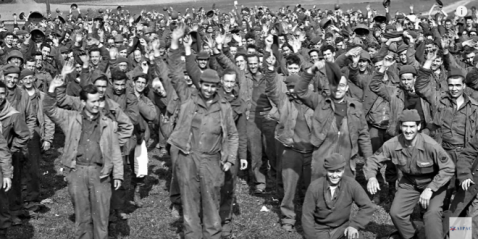 World War II American POWs upon being liberated. (AIPAC video screenshot)