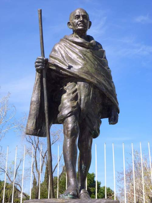Mohandas K. Gandhi Memorial, Plaza Joan Miró, Madrid